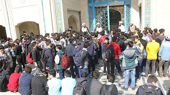 اردو  بازدید از حوزه علمیه امام خمینی(ره)