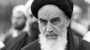 TasvirShakhes-Sadighi-13970404-589-Bot-Shekani-Emam-Khomeini(RZ)-Thaqalain_IR