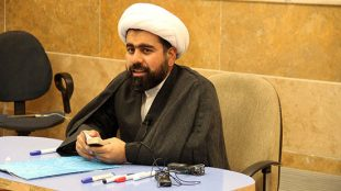 TasvirShakhes-Hosseinzade-13970815-AshnaeiBaQuran-Thaqalain_IR