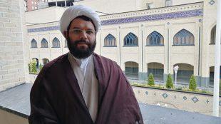 TasvirShakhes-Mohseni-13990413-Mosahebe-Veladate Emam Reza(AS)-Thaqalain_IR