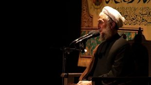 TasvirShakhes-Sadighi-14000212-Shabe 19 Ramazan-Masjed Hoze-Heyat NoroReza(AS)-03-Thaqalain_IR